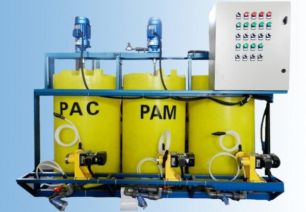 PAM一体化加药装置